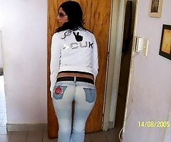 Women in tight jeans posing sexy firm butts in hot shots